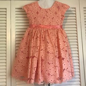 Little girl's Peach formal dress - tulle & lace!